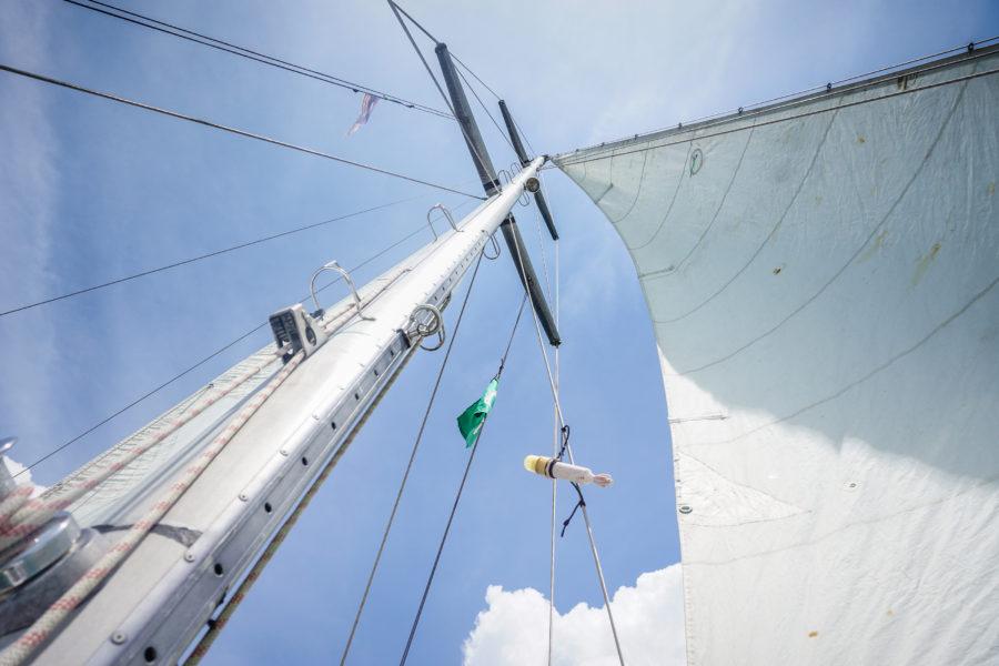 Ship mast, La Bulle